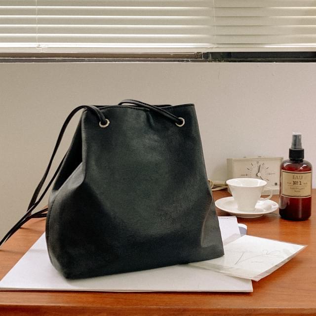 Sensual Slim Strap Shoulder Bag 肩背包