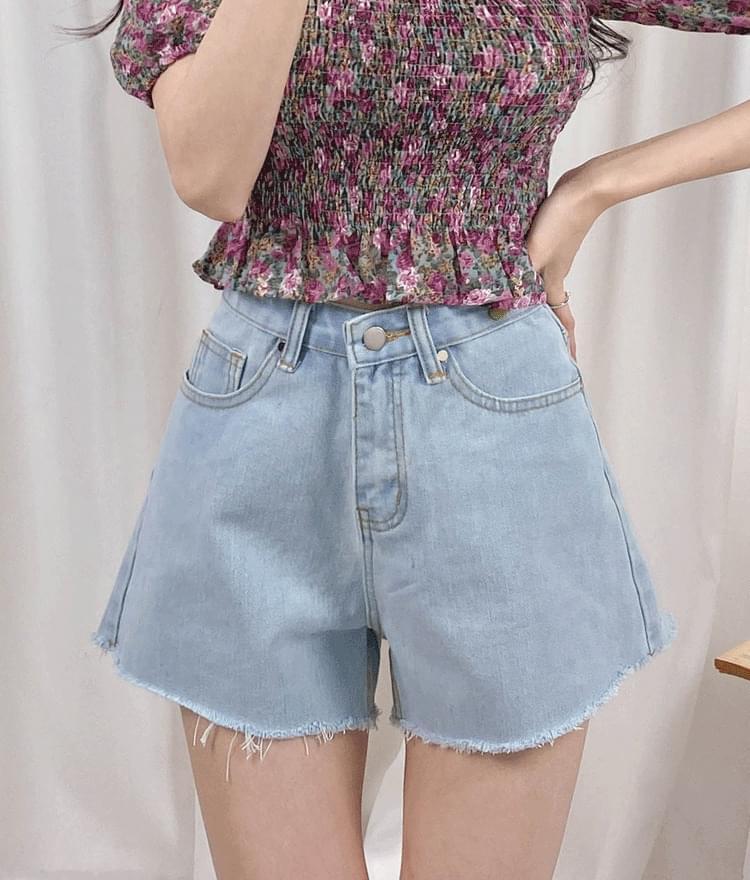 140 denim short pants