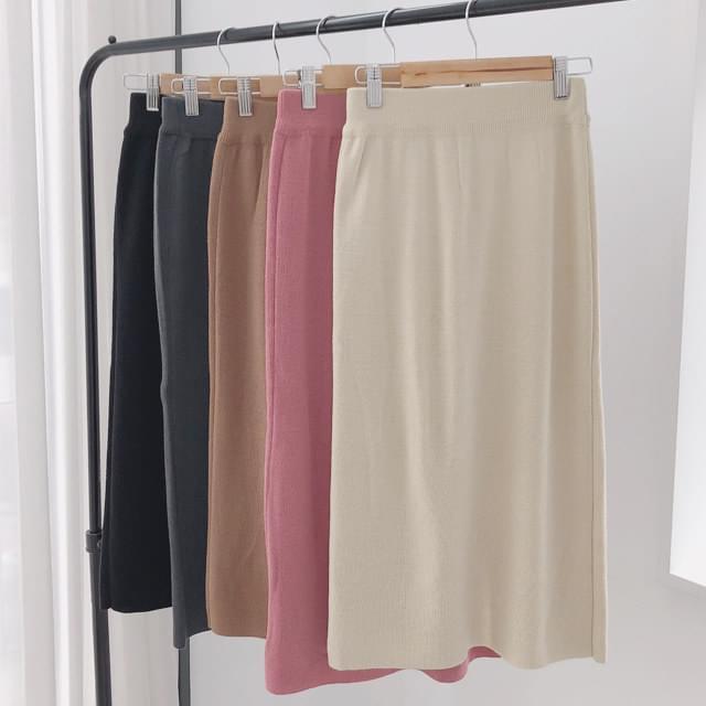 Basic skirt knit skirt