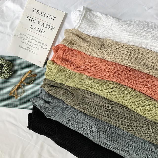 V-Neck Foot Sheer Knit
