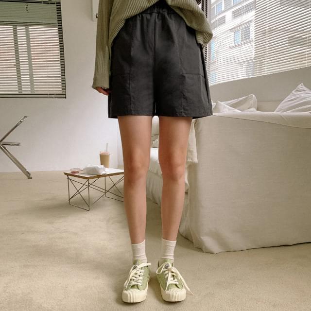 Wearable cotton banding short pants