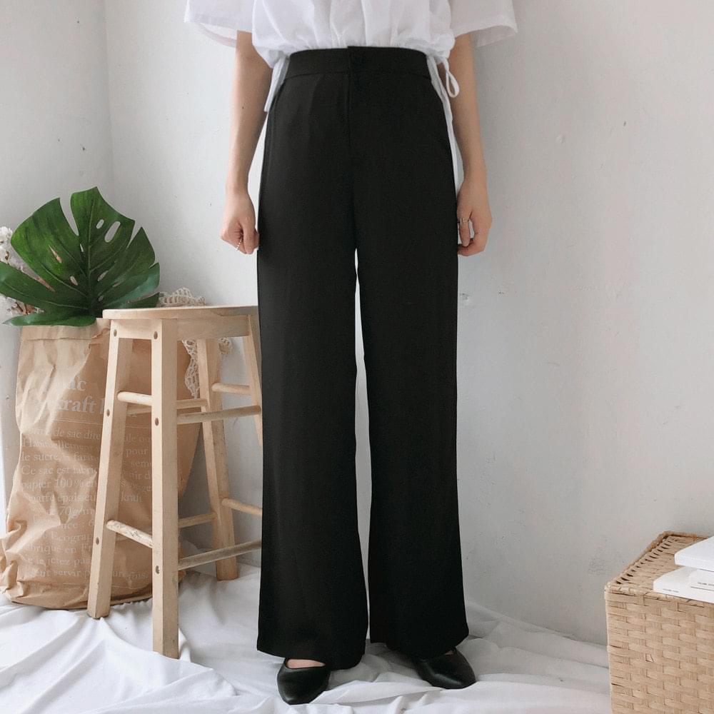 Wide open slacks