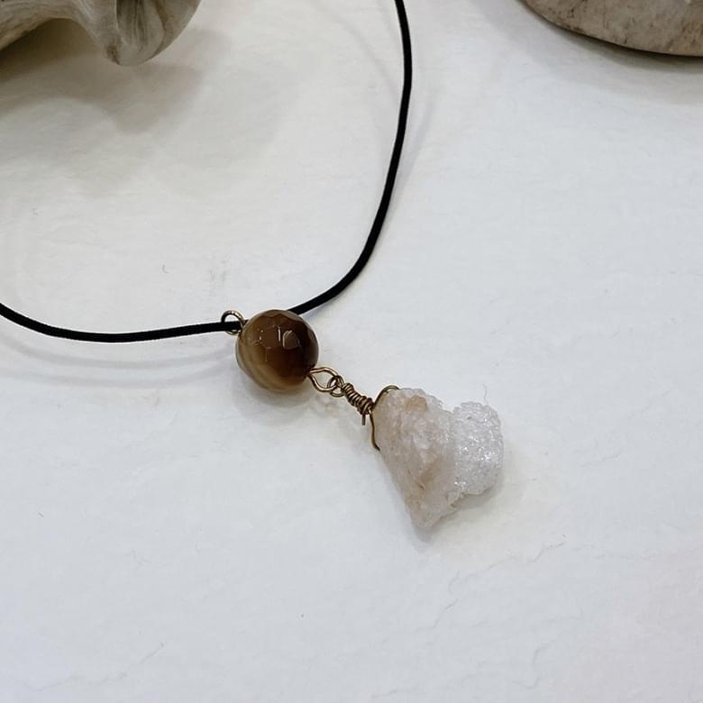 Noi Gemstone Necklace