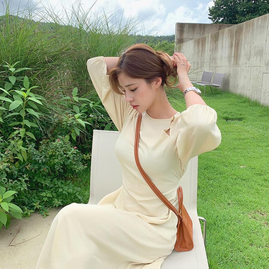 Shoulder Point Dress