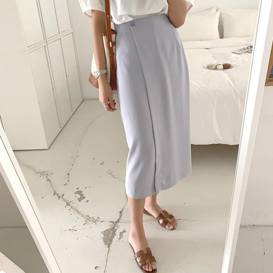 Smooth Wrap Skirt
