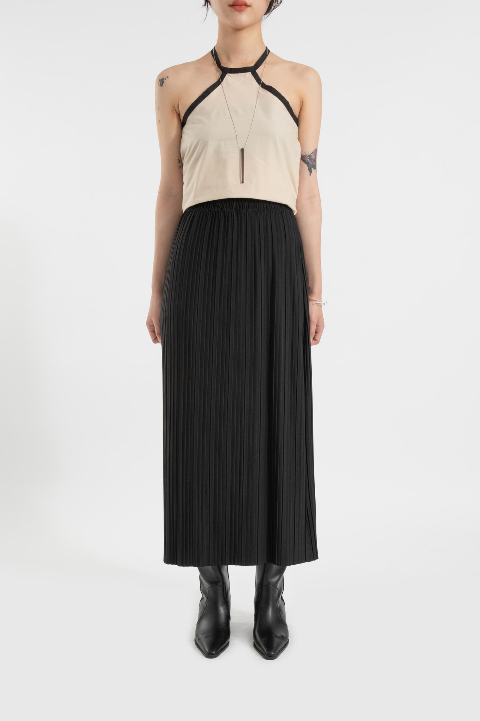 Easy pleated banding maxi skirt