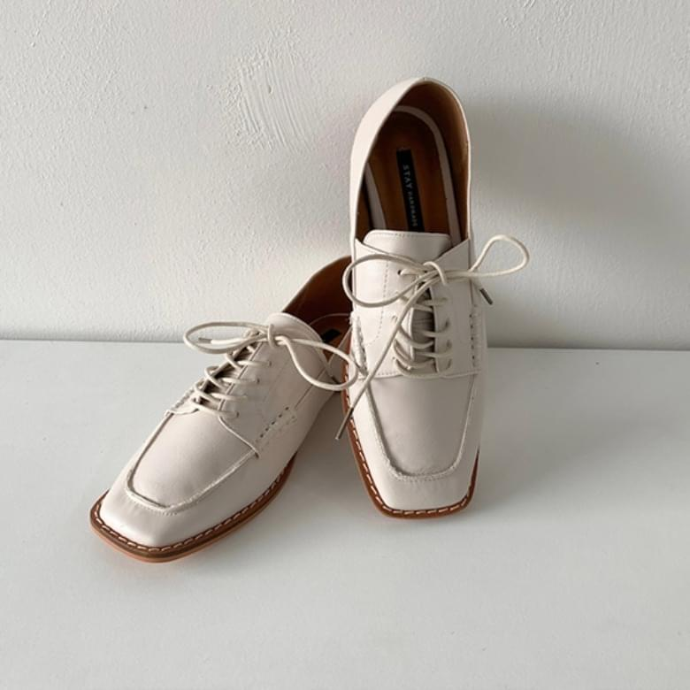 Jamming Javely Square Stitch Loafers