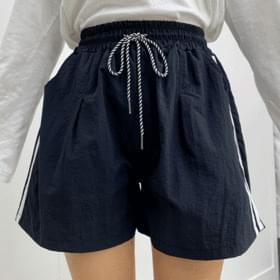 Rev two-line training short pants