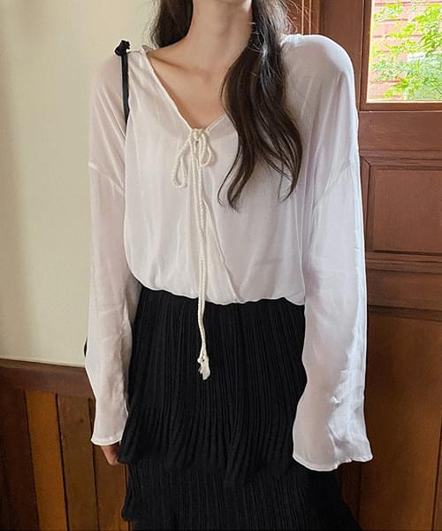 Surgical ribbon blouse