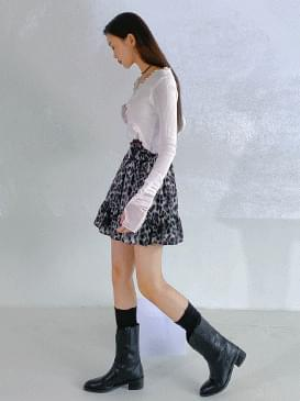 Leopard-time mini skirt