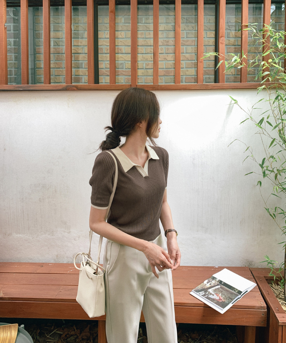Minimalist strap shirring bag