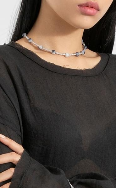 Glossy marble necklace