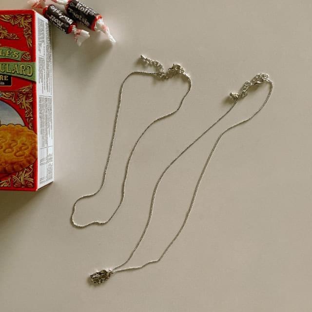 Vintage pendant necklace set