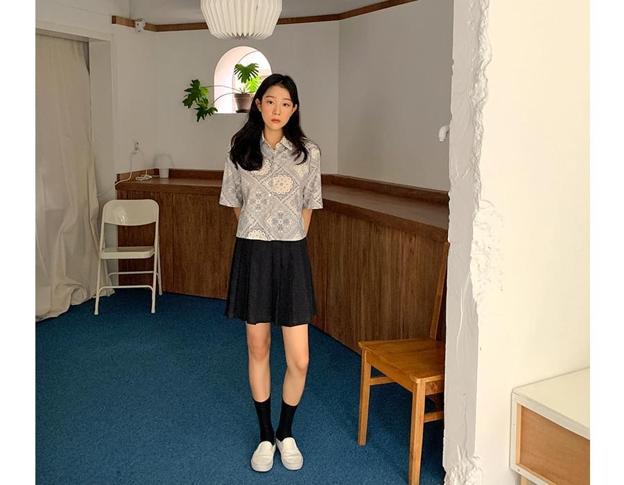 Sound pleated mini skirt