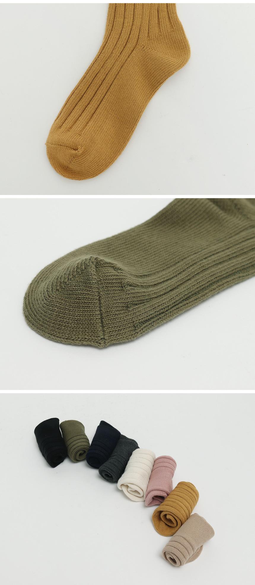 Bold golgi color socks_C