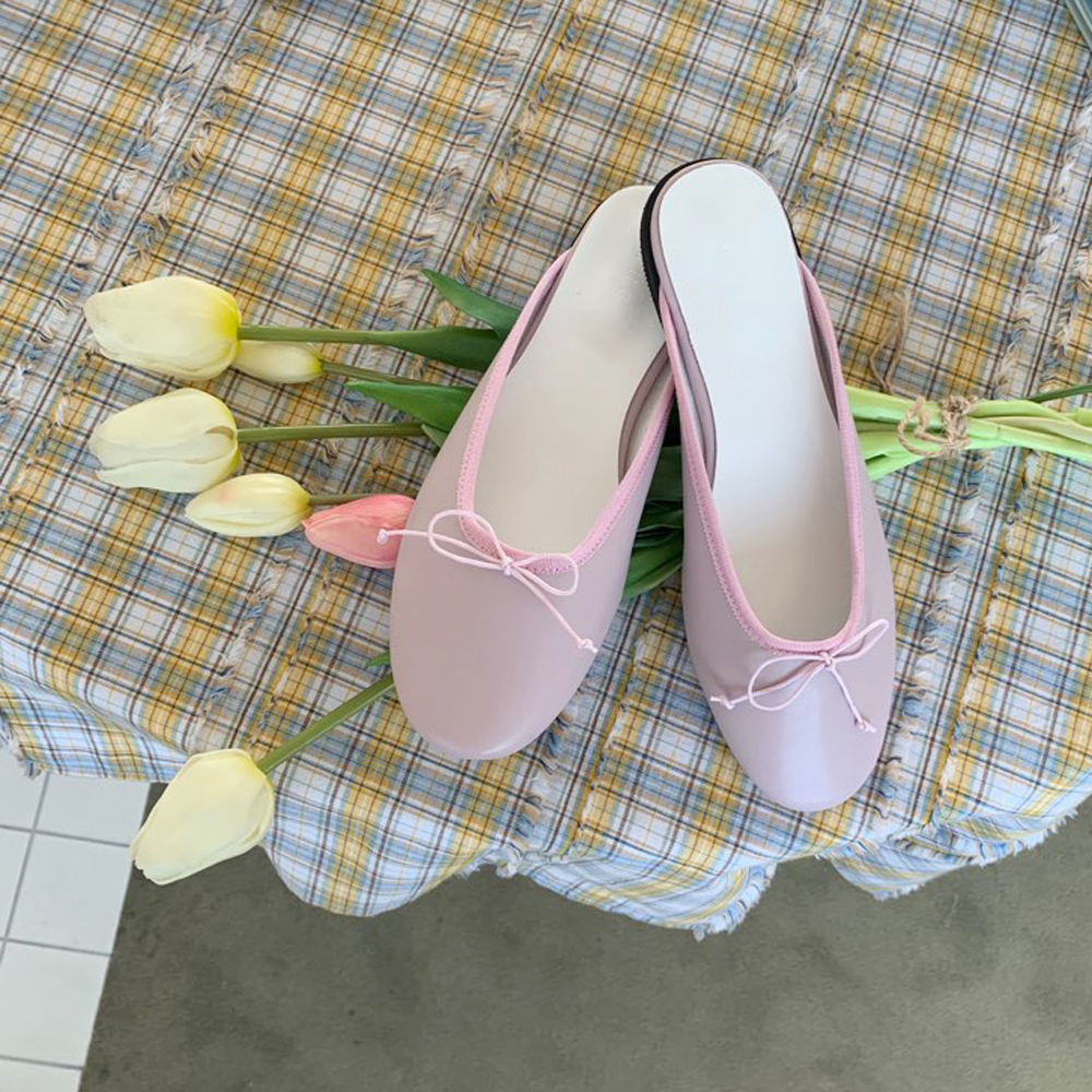 Round ribbon loafers