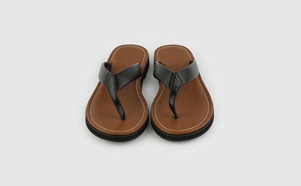 Easy mood flip flop sandals