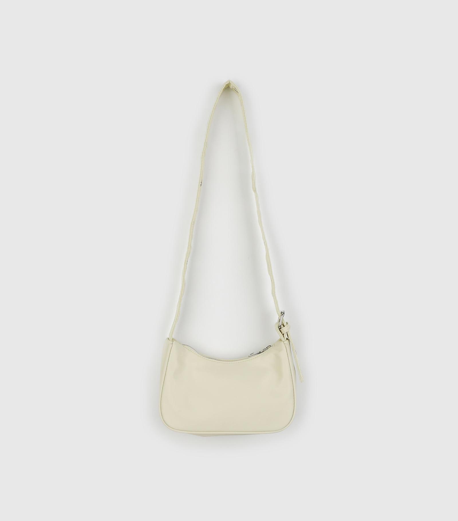 Pastel to buckle saddle shoulder bag