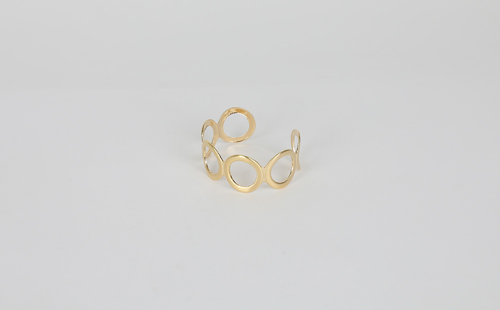 Artemis Circle Bangle