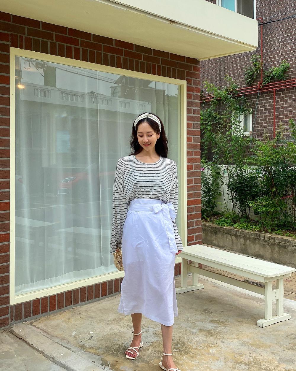 Pale linen skirt