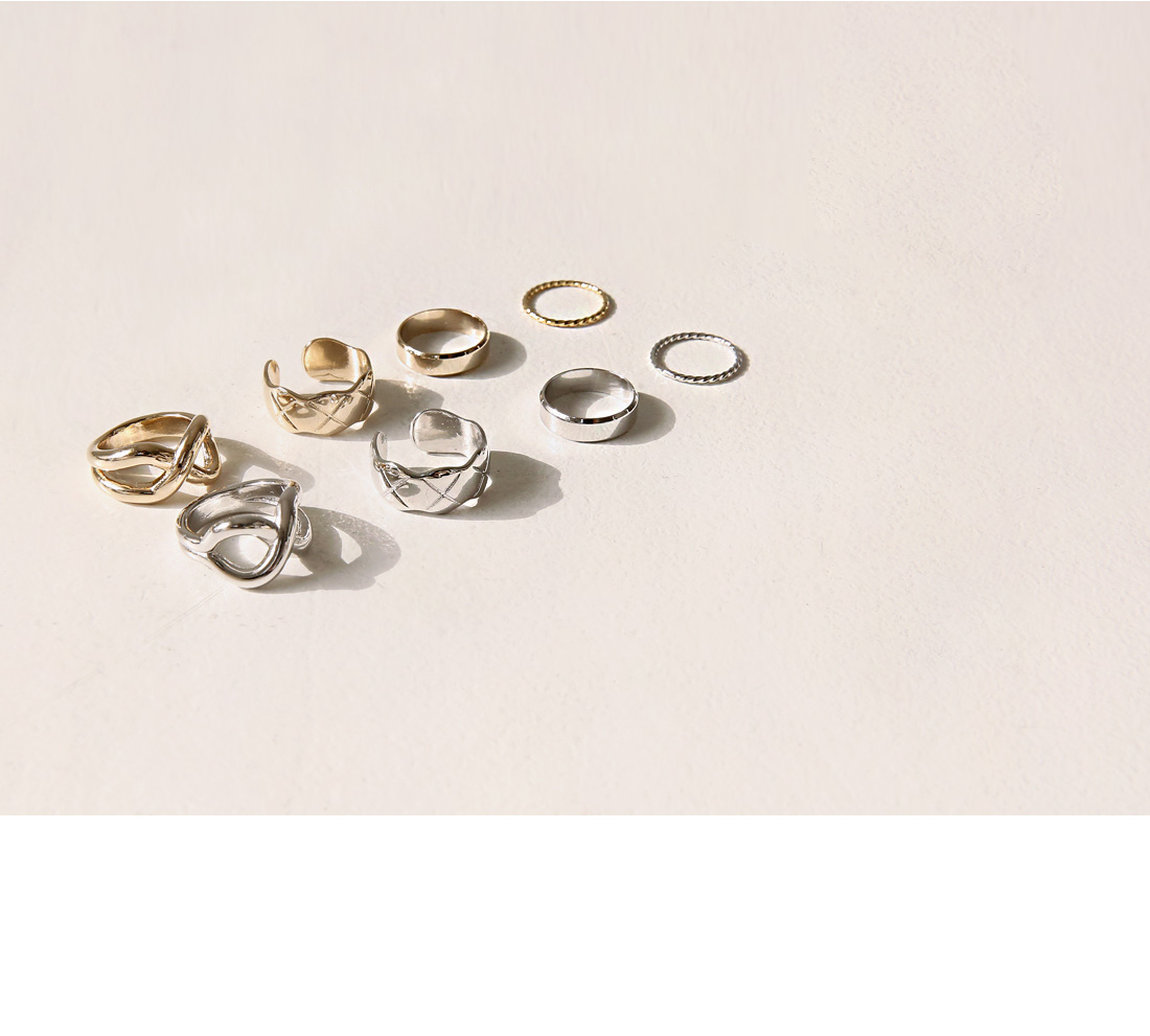 POVI LAYERED RING 4 SET