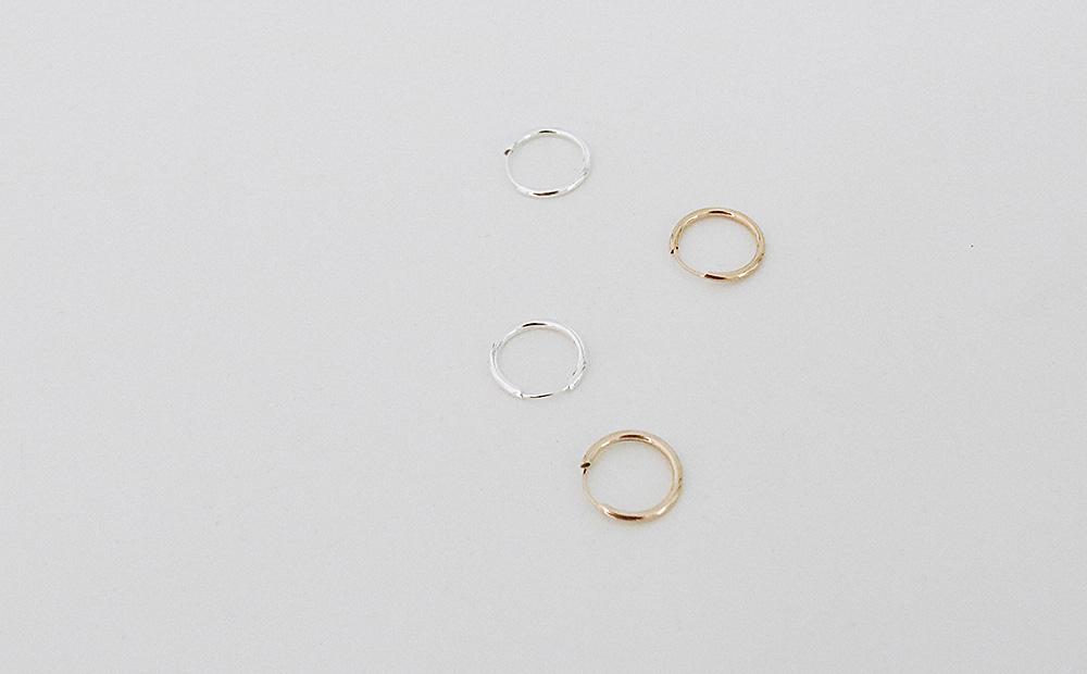 Simple medium circle earrings