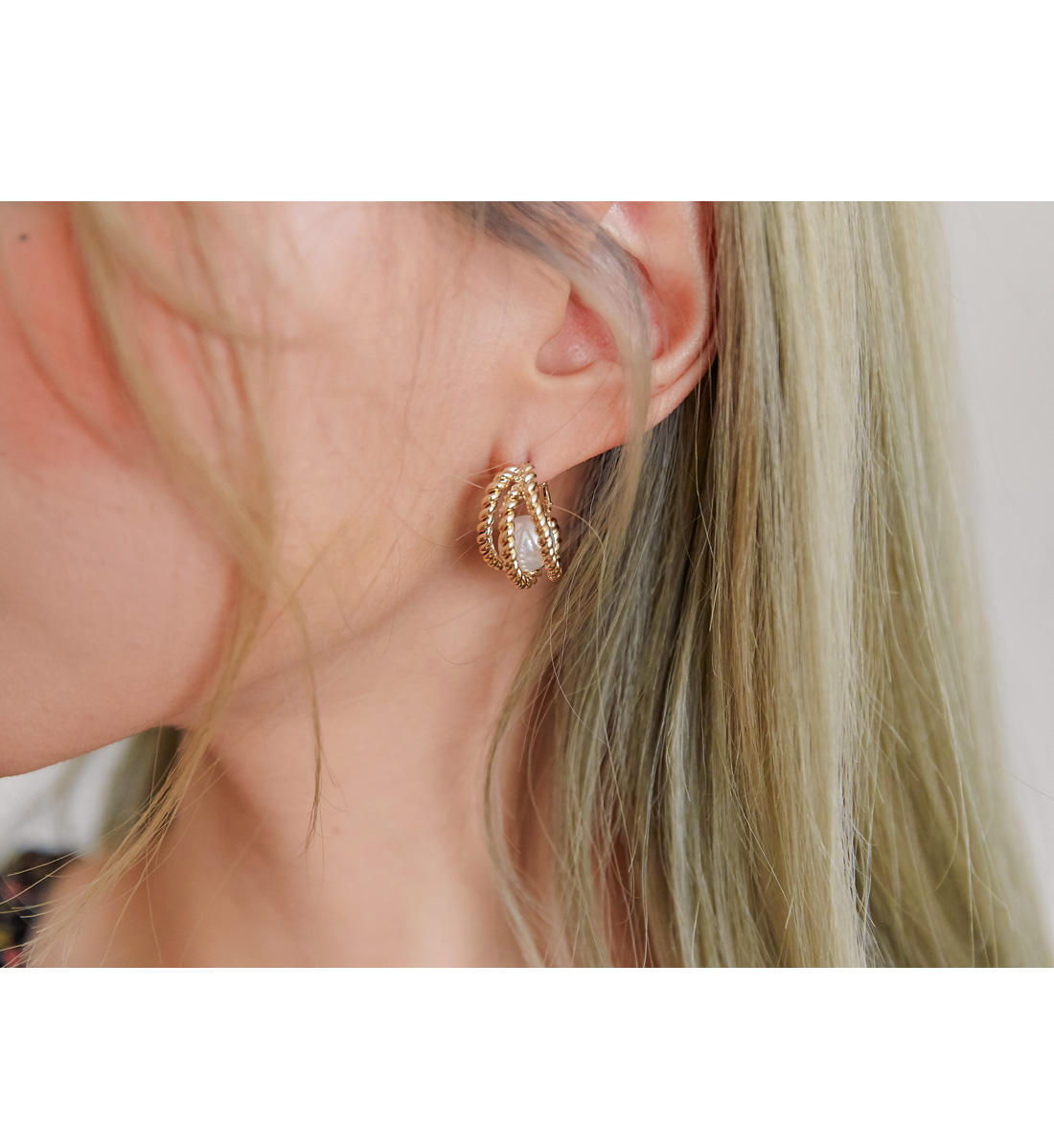 LIZY PEARL GOLD LAYERED EARRING