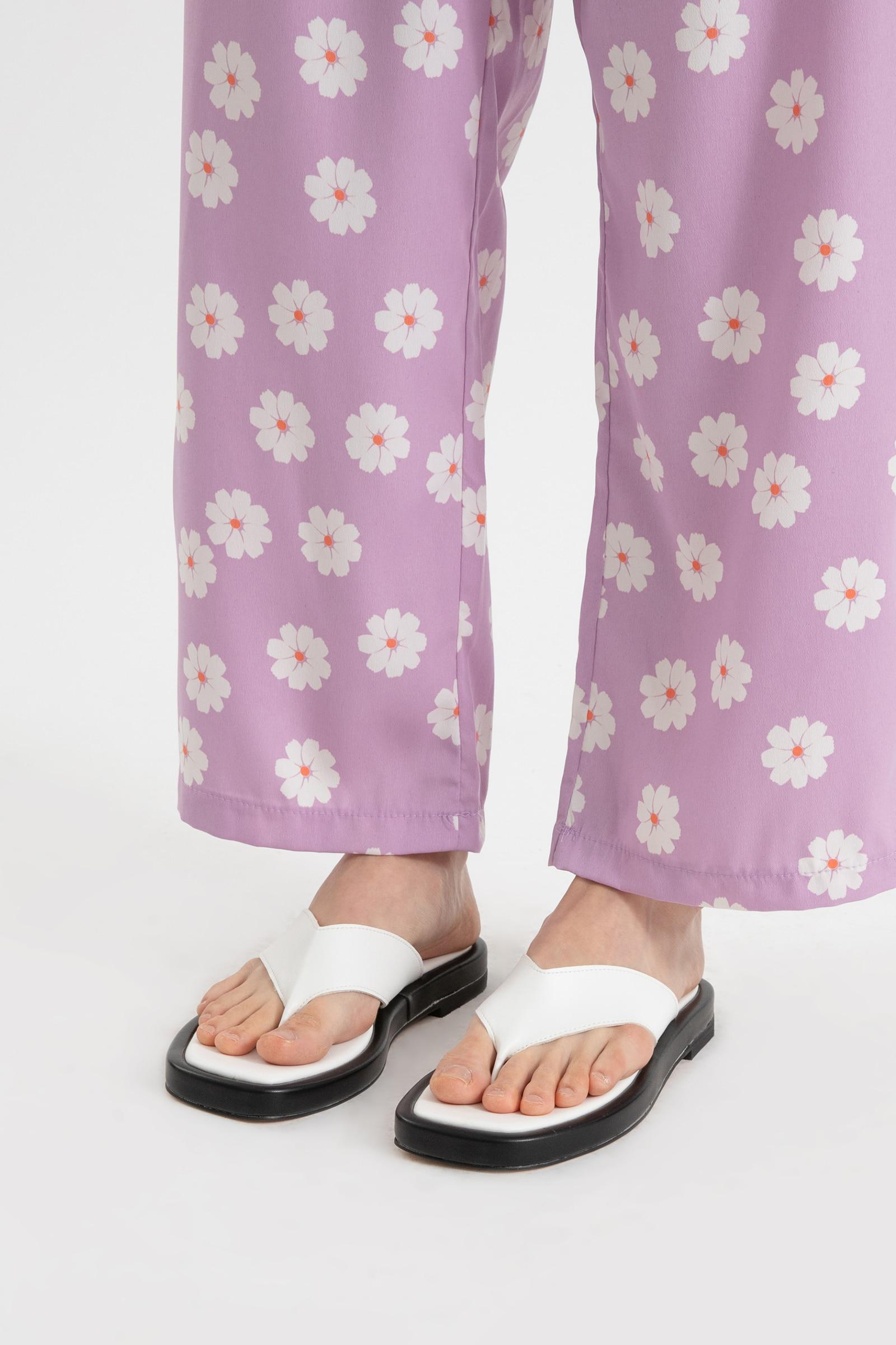 Wearing flip flop sandals