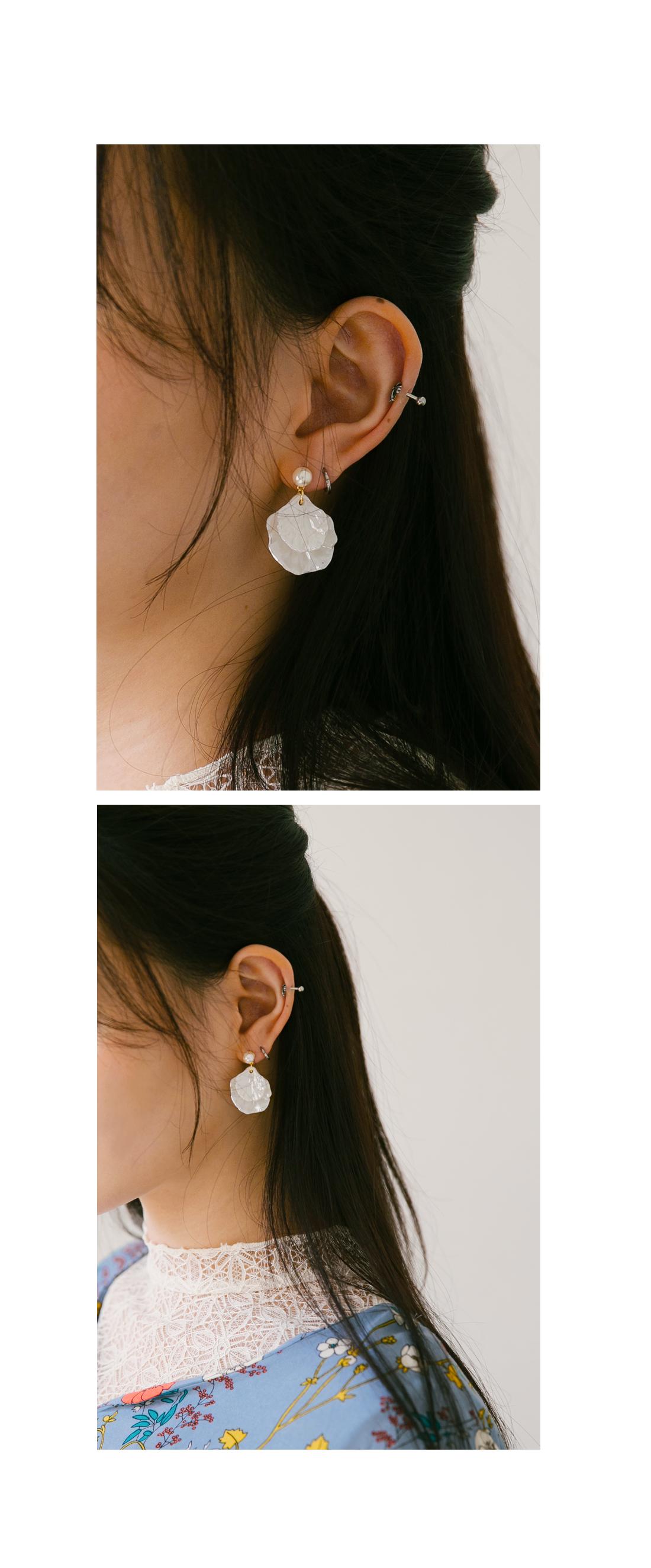 CLAM PEARL EARRING