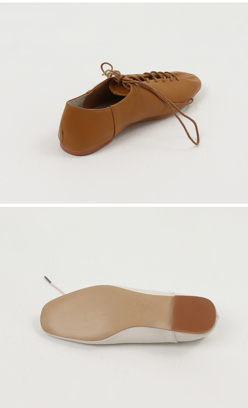 Cross Line Square Flat Loafers
