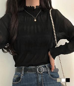 Kayak half-neck pleated blouse