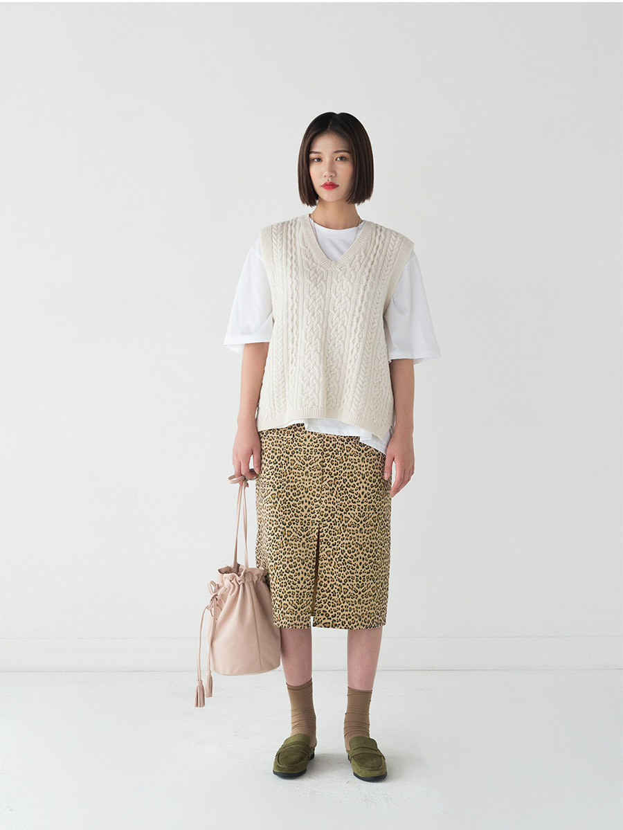 Twist Open Knit Vest
