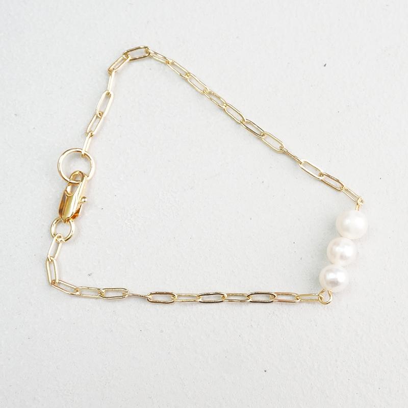 Pearl three bracelet