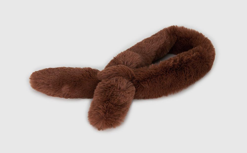 Shadow fur muffler