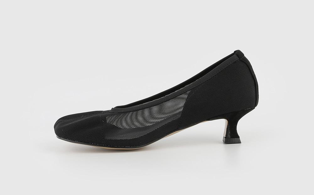 Baguette mesh middle heel pumps