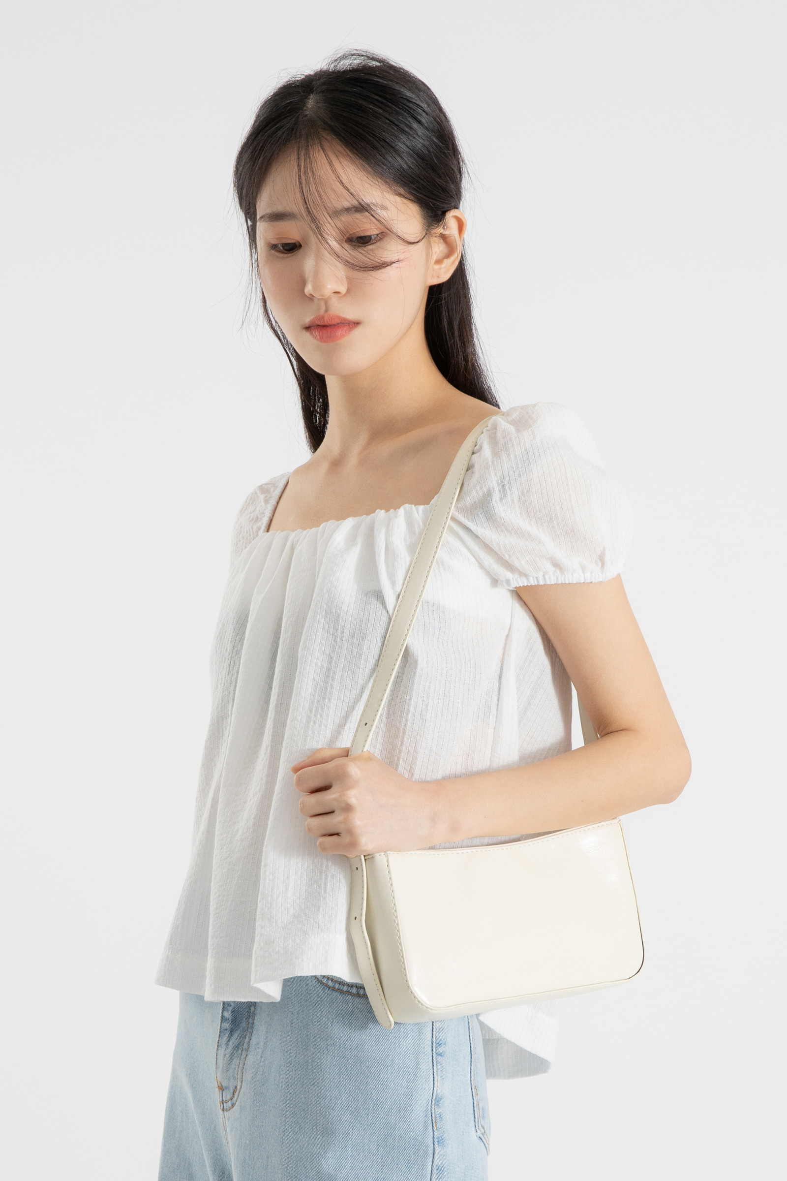 Shine Smooth Skin Saddle Shoulder Bag