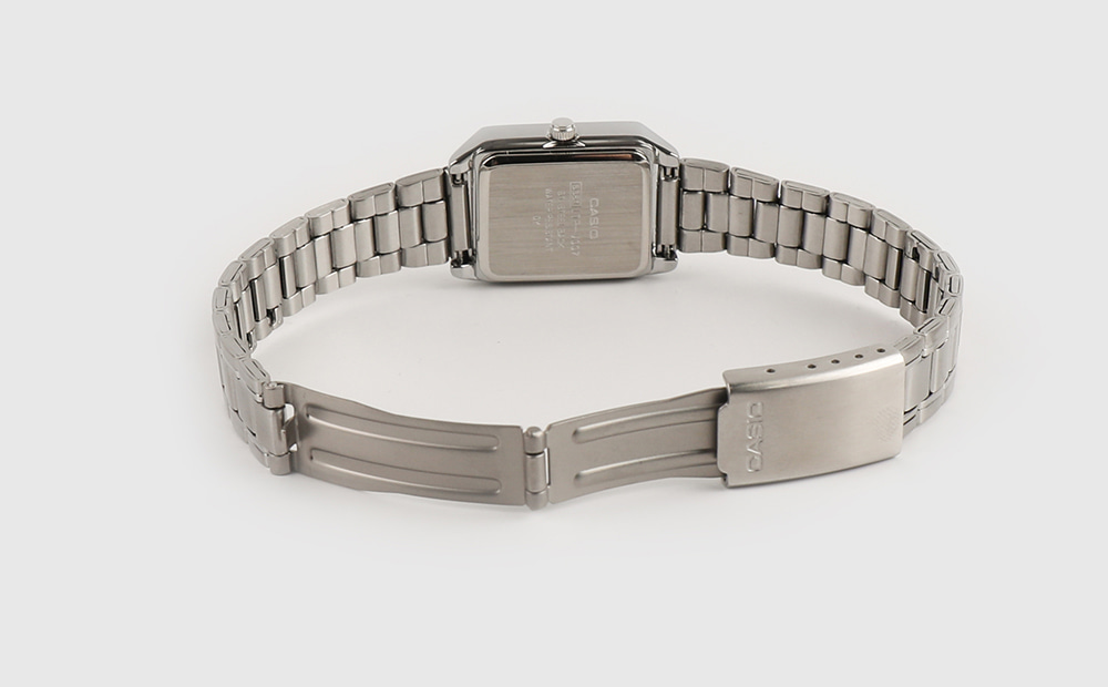 Classic silver metal watch