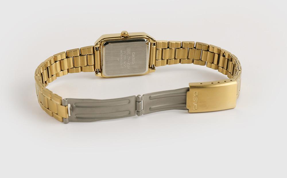 Classic gold metal watch
