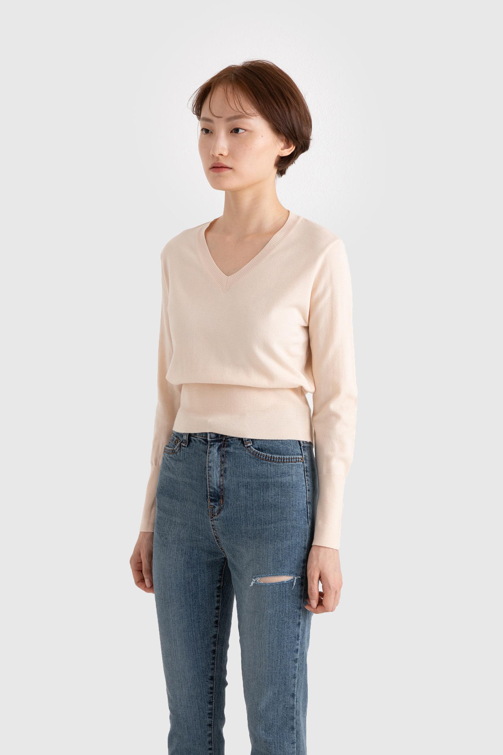 Tension V-neck knit