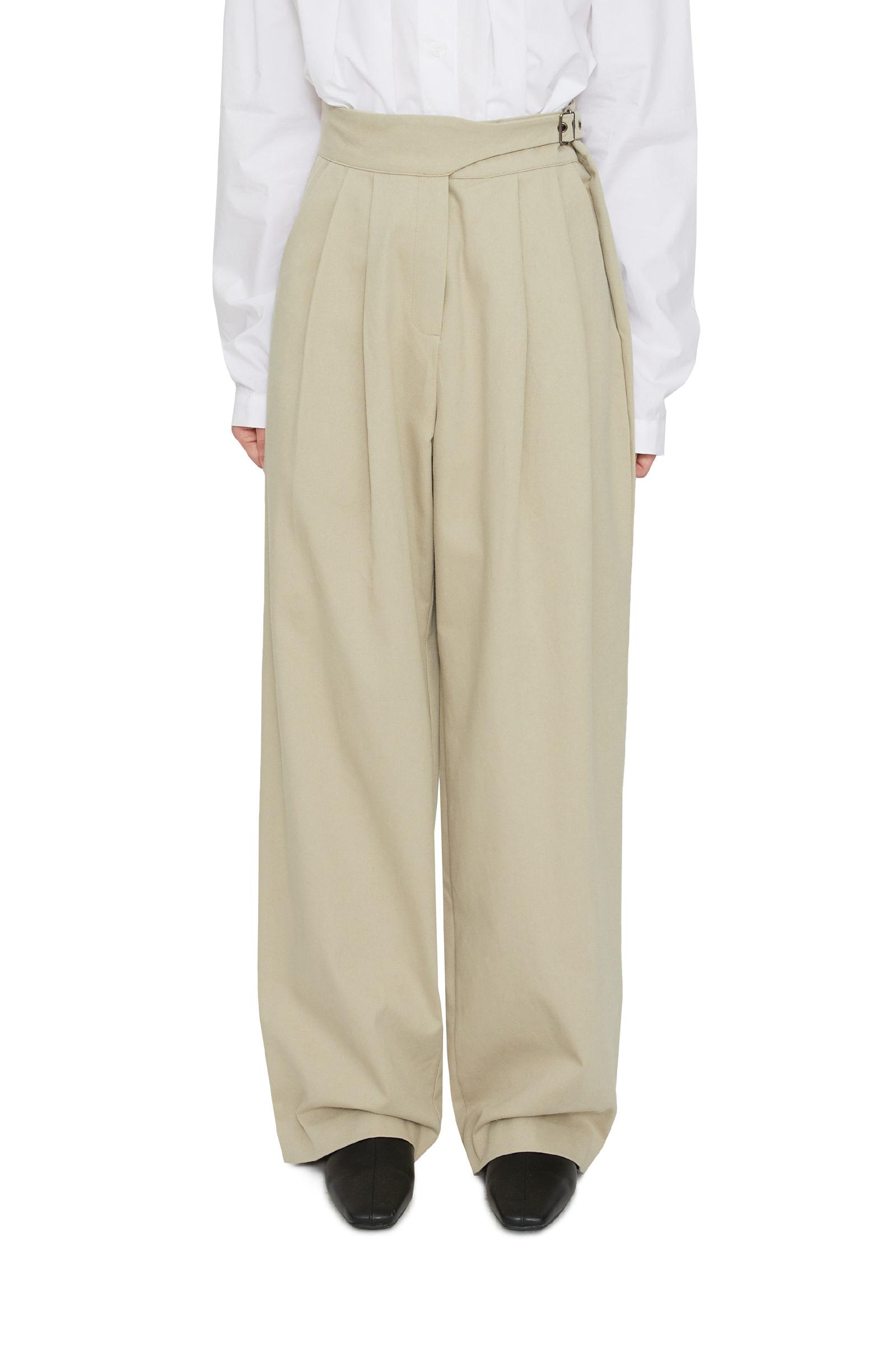 Vine buckle pintuck wide trousers