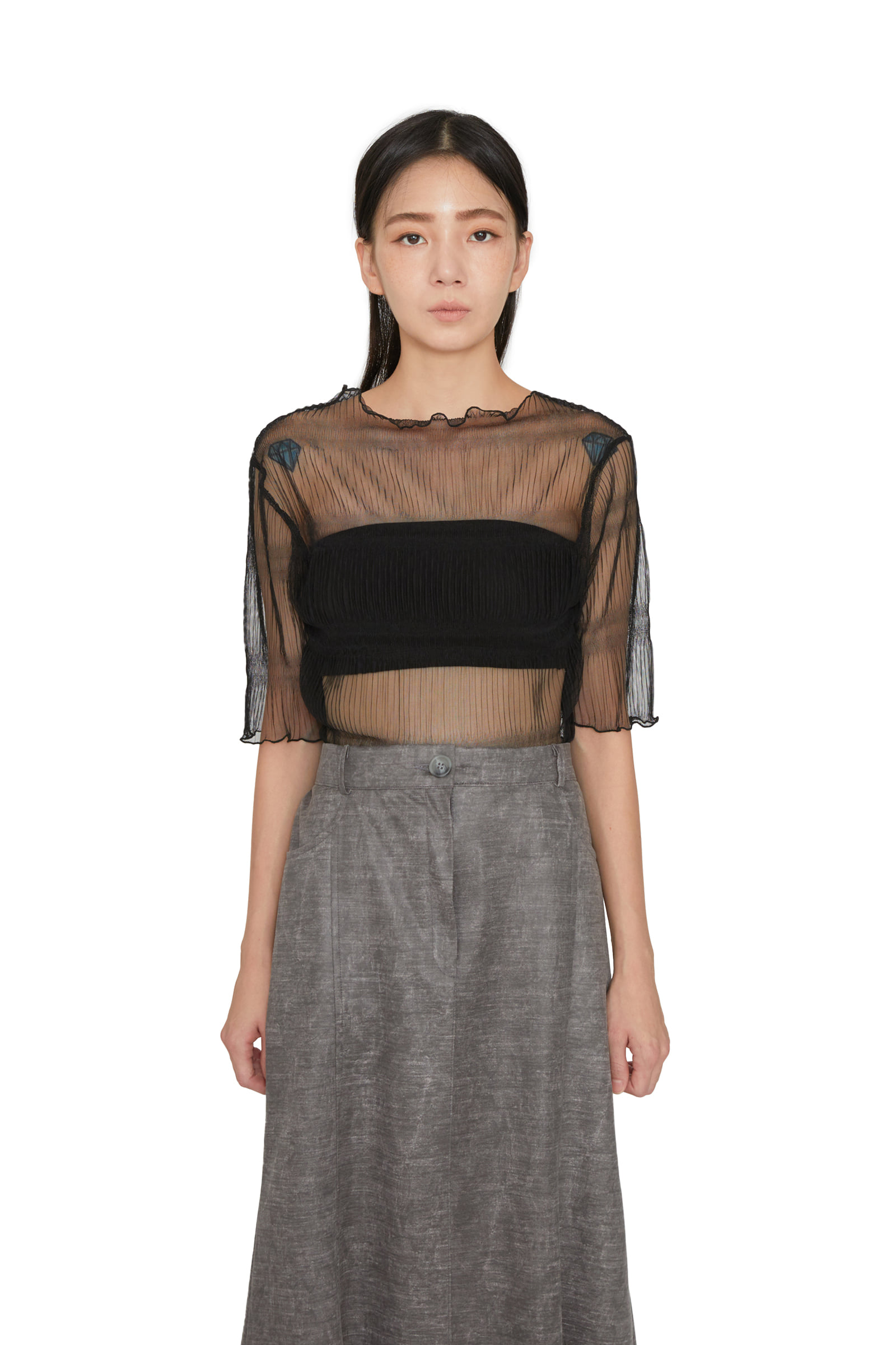 See-through line pattern half T-shirt