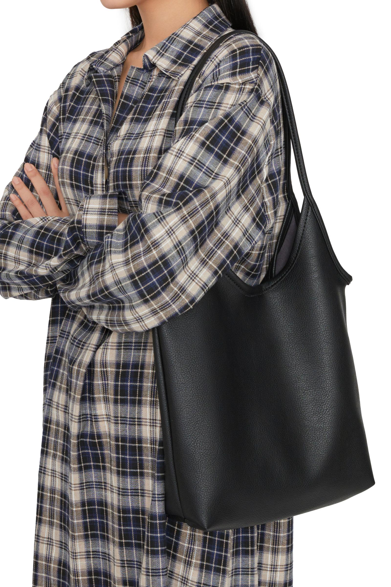 Soft basic shoulder bag