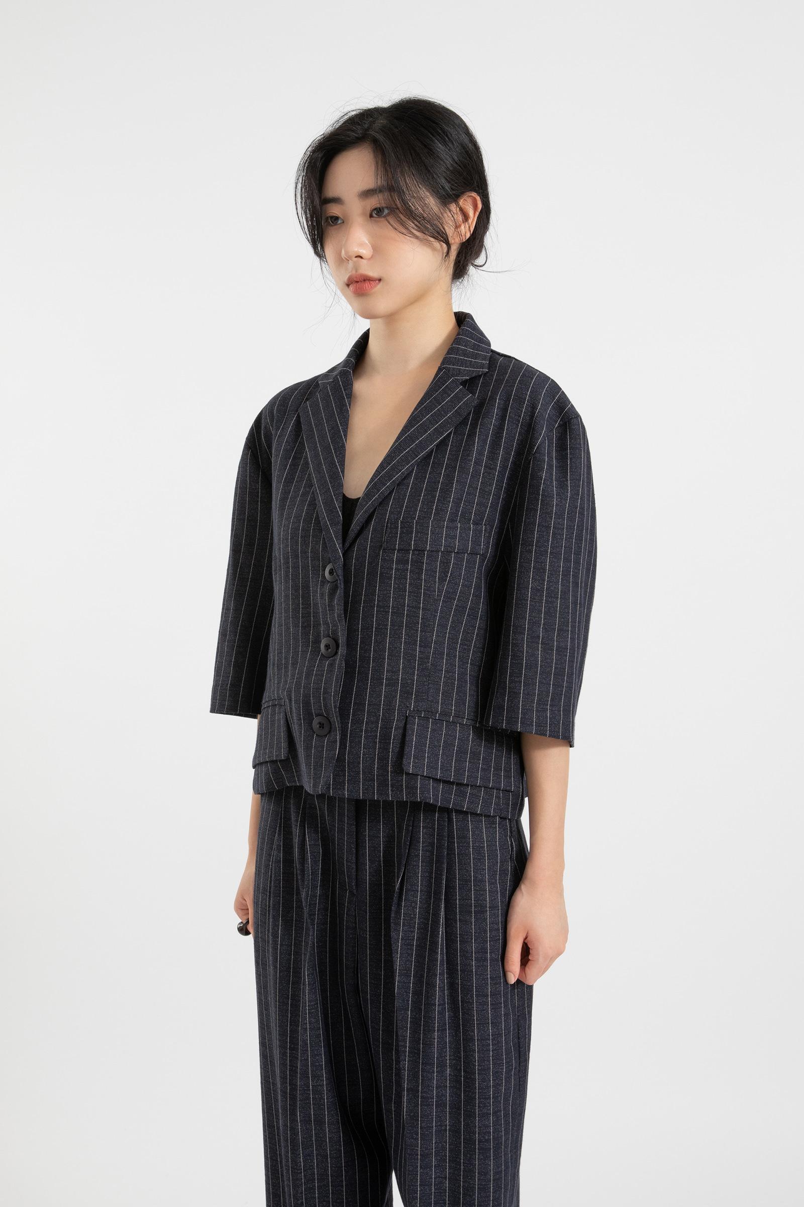 Cover stripe over half jacket