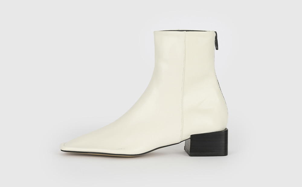Angle shine middle heel ankle boots