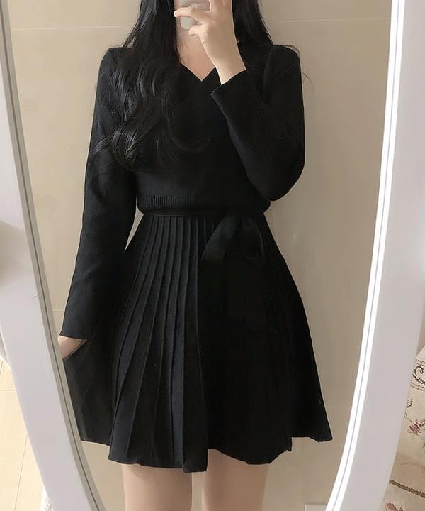 Pleated wrap knit dress