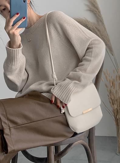 Brine shoulder bag