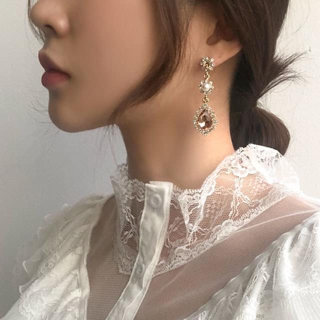 Coral Droplet Pearl Drop Earrings
