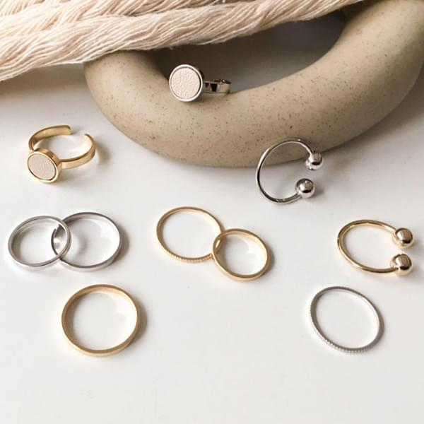 Double Fine Daily Layered Ring