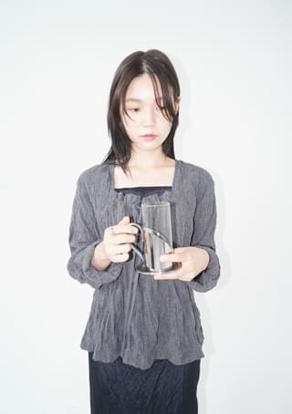 ripple square-neck blouse ブラウス