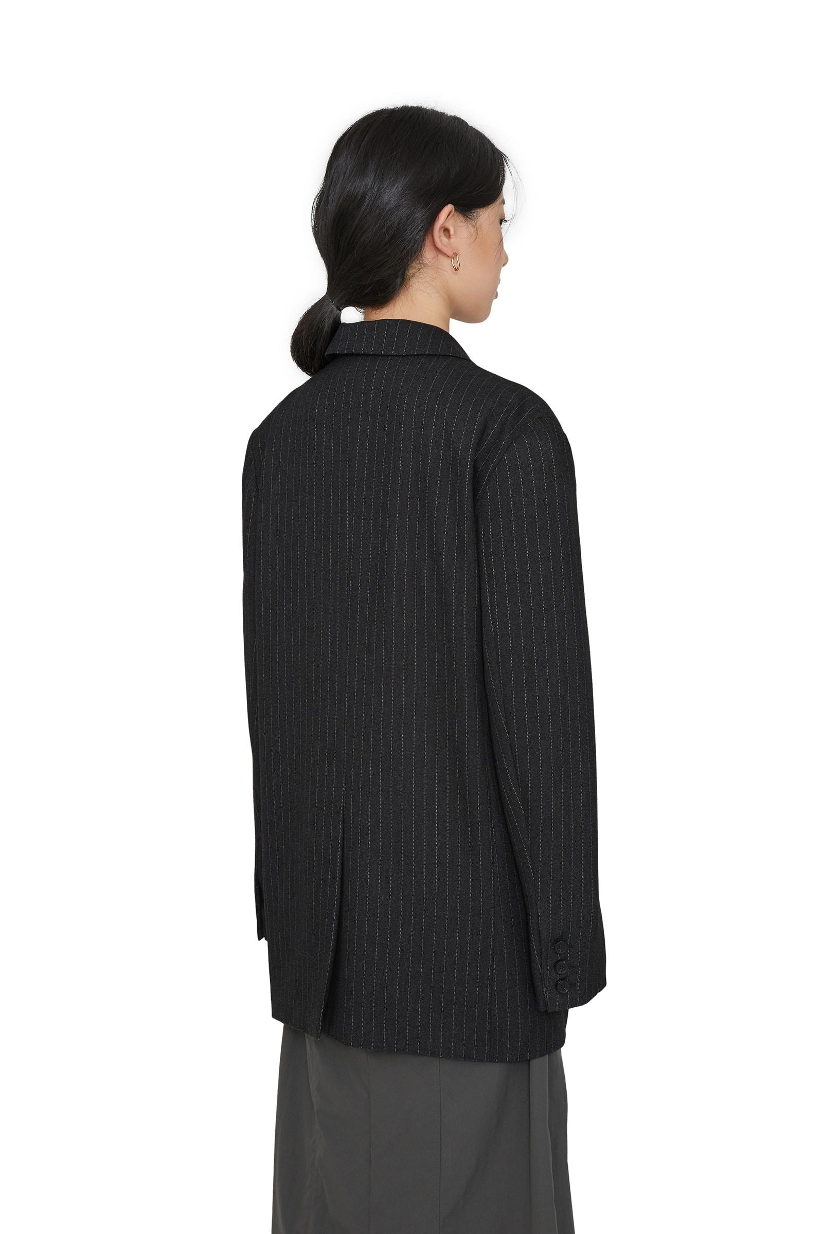 Men's striped pattern blazer